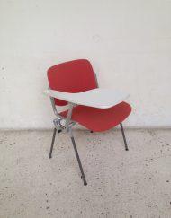 chaise castelli rouge modèle Dsc 106 CASTELLI design Giancarlo Piretti