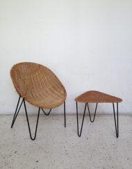 ensemble rotin fauteuil et table pieds epingle