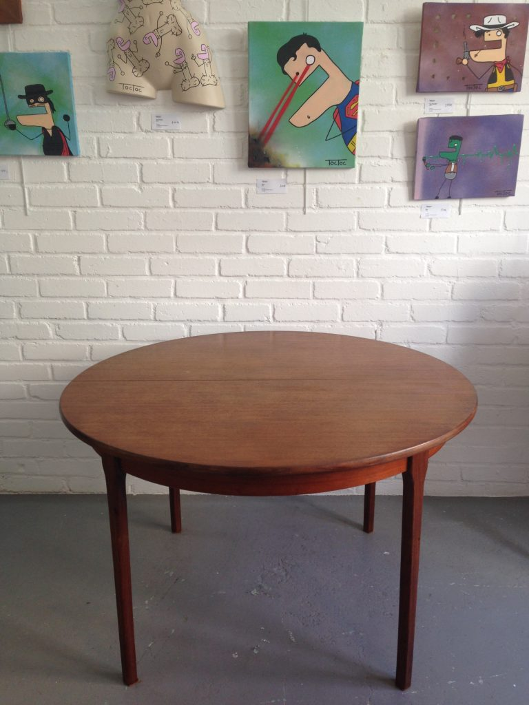 Table scandinave ronde limoges
