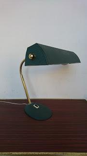 lampe de bureau annees 60 de profil