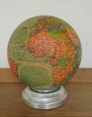 Globe terrestre verre Perrina lumineux années 60 mr hattimer brocante vintage limoges