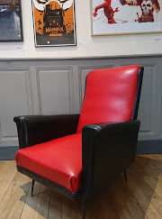 Fauteuil skaï rouge et noir années 60 mr hattimer brocante vintage limoges