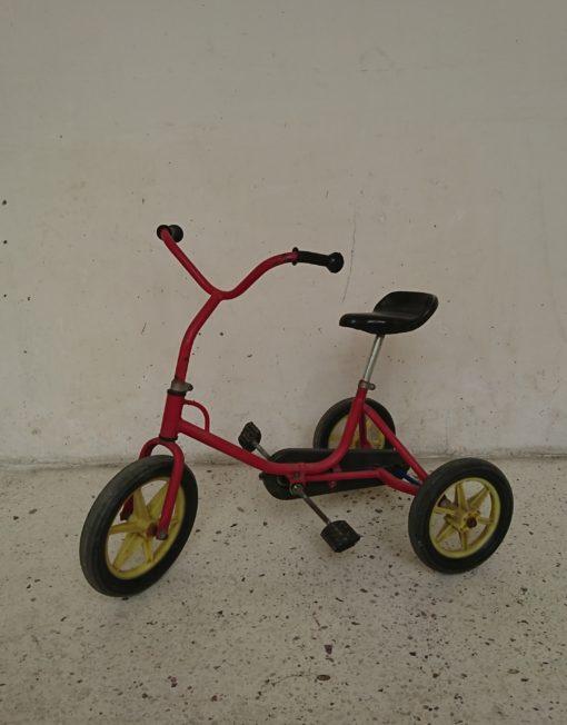 tricycle années 70/80 rouge mr hattimer brocante vintage limoges