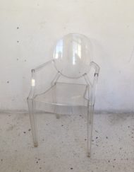 Chaise fauteuil lou lou ghost kartell philippe starck cristal mr hattimer brocante vintage limoges