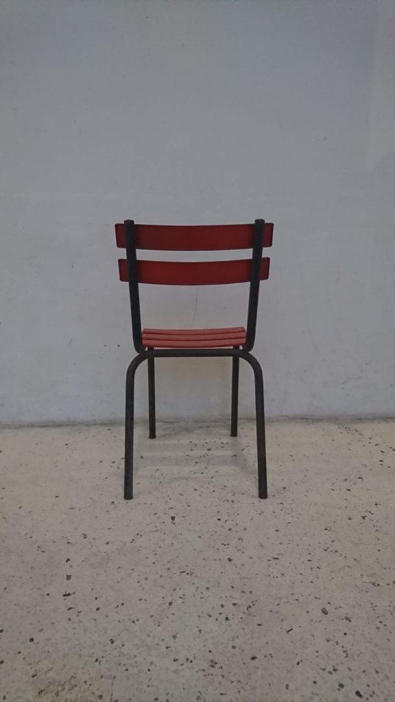 Chaise bistrot années 60 métal rouge noire mr hattimer brocante vintage limoges