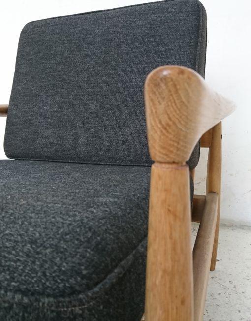 Fauteuil kofod larsen années 60 tissu gris bois massif mr hattimer brocante vintage limoges
