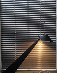 lampe design années 80 laqué noir mr hattimer brocante vintage limoges