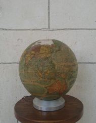 globe terrestre verre Perrina des années 60 mr hattimer brocante vintage limoges