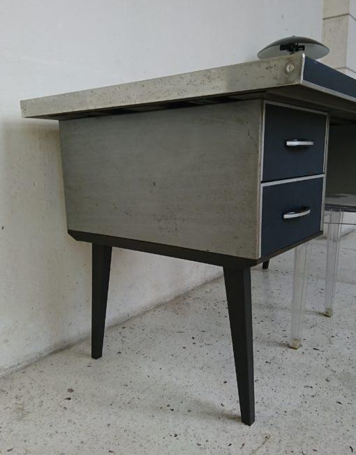 bureau industriel metal skaï bleu années 60 mr hattimer brocante vintage limoges