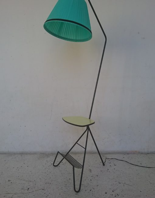 lampadaire luminaire années 60 porte revu tablette mr hattimere brocante vintage limoges