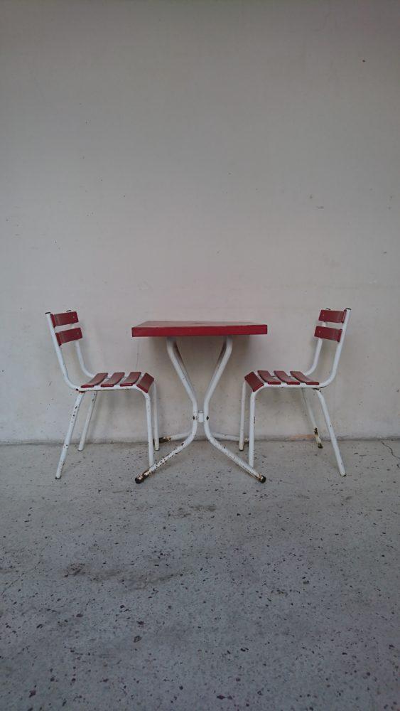table et chaise bistrot metal rouge blanche années 60 mr hattimer brocante vintage limoges