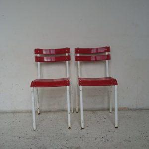 chaise bistrot metal rouge blanche années 60 mr hattimer brocante vintage limoges