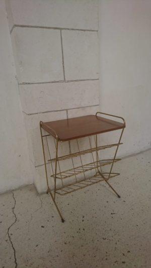 Table d'appoint porte revues métal doré plateau bois mr hattimer brocante vintage limoges