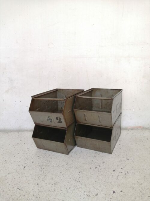 caisses industreilles mr hattimer brocante vintage limoges